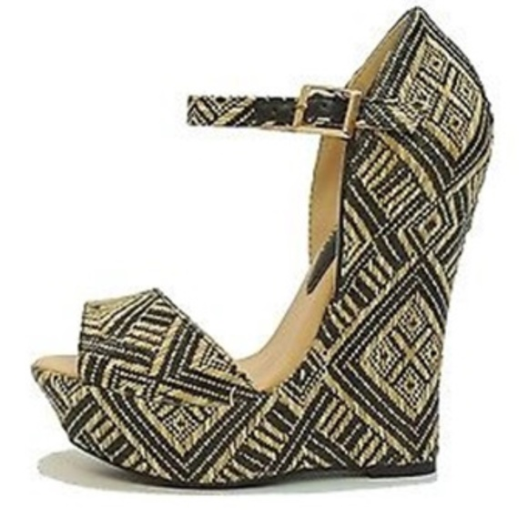 44c8ae3c4e33 5 Inch High Heel Cream Black Wedge Sandal